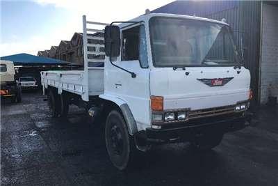 Toyota Dropside Hino 14.177 Truck