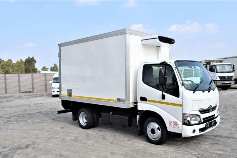 Toyota Truck DYNA 150 Refrigerated Body 2018