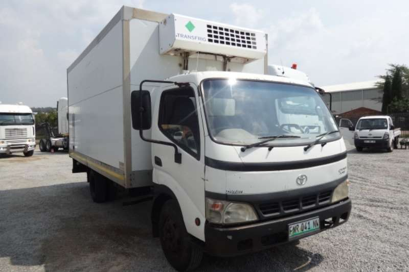 Toyota Truck Dyna 7 145 Refrigerated Truck 2005