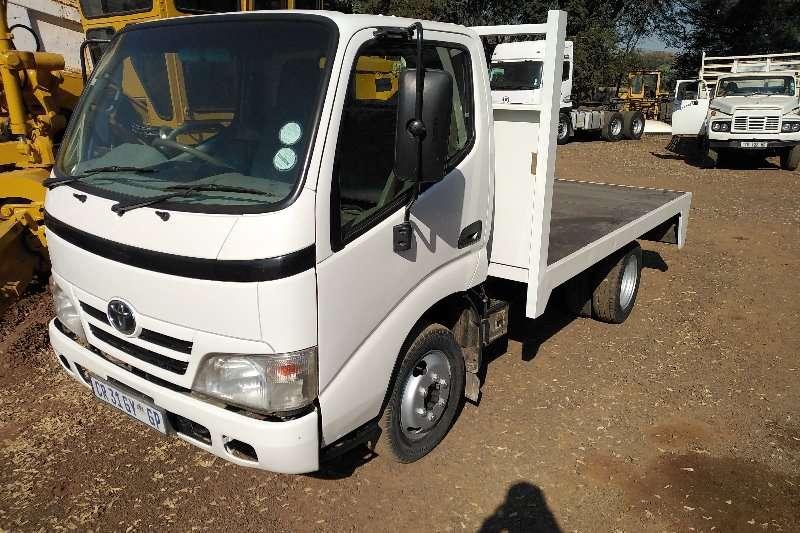 Toyota Truck Flat deck toyot dyna 714 flat deck