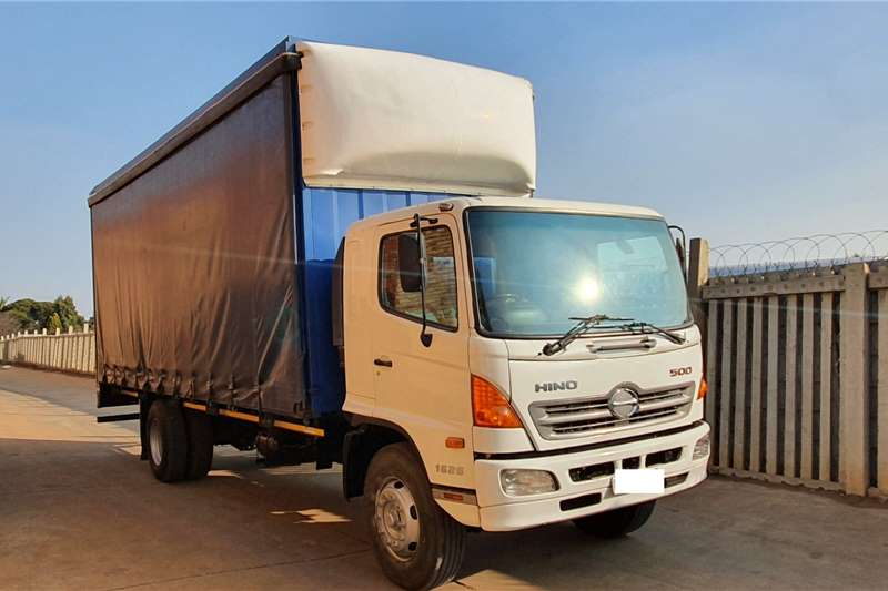 Toyota Truck HINO 500,1626 WITH 7.6m LONG 2.9m HIGH TAUTLINER 2012