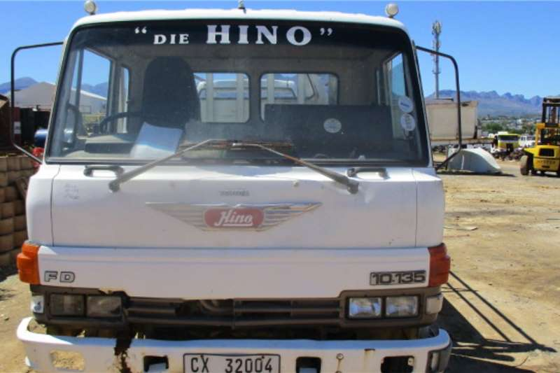Toyota Truck Lowbed HINO 10 135 1990