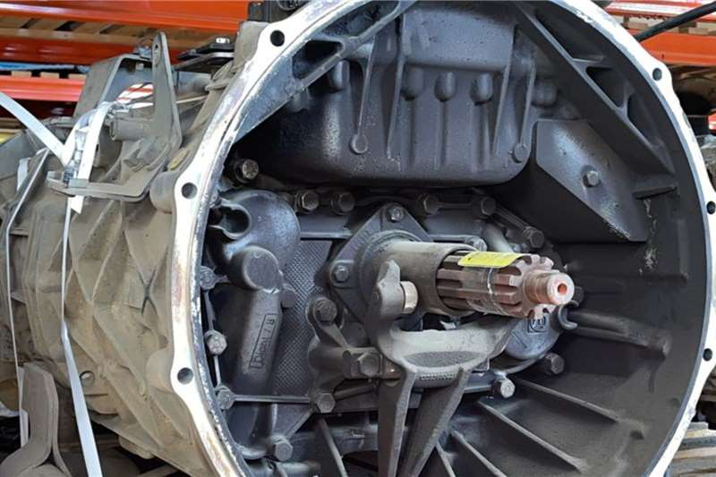 Toyota Toyota Hino 700 16AS2631TO Used Gearbox Truck spares and parts