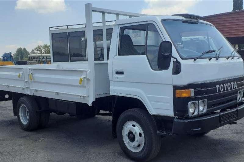 Toyota Truck TOYOTA DYNA DROPSIDE 1994