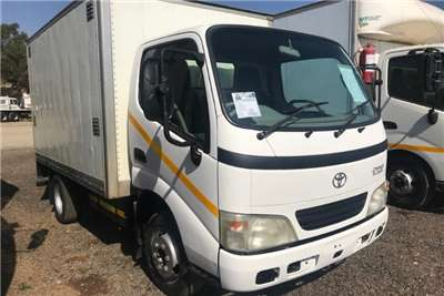 Toyota Volume body Dyna 4 093 Volume Body Truck