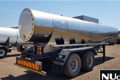 FLEXI MANUFACTURING STAINLESS STEEL TANKER TRAILER Trailers