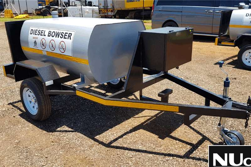 NEW SINGLE AXLE DIESEL BOWSER Trailers