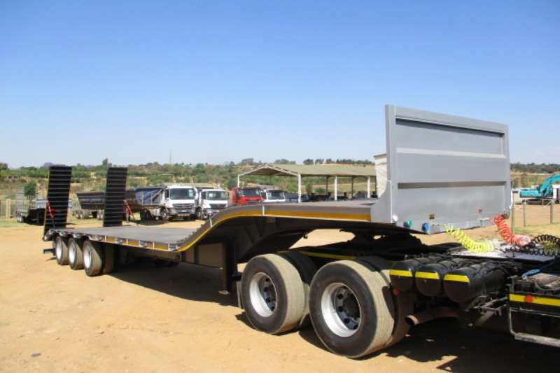 Trailers Stepdeck TRI AXLE STEP DECK LOWBED TRAILER 2019