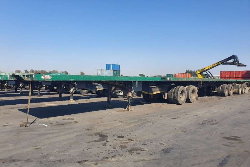 Trailers Superlink Flatdeck (Axle 2x2) (1 available) View by appointm 2004