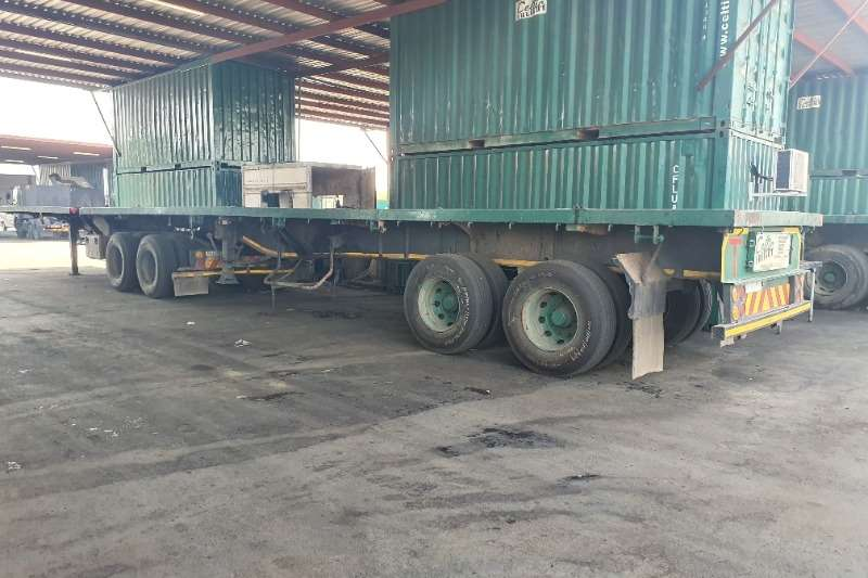 Trailers Superlink Flatdeck (Axle 2x2) (12 available) View by appoint 2017