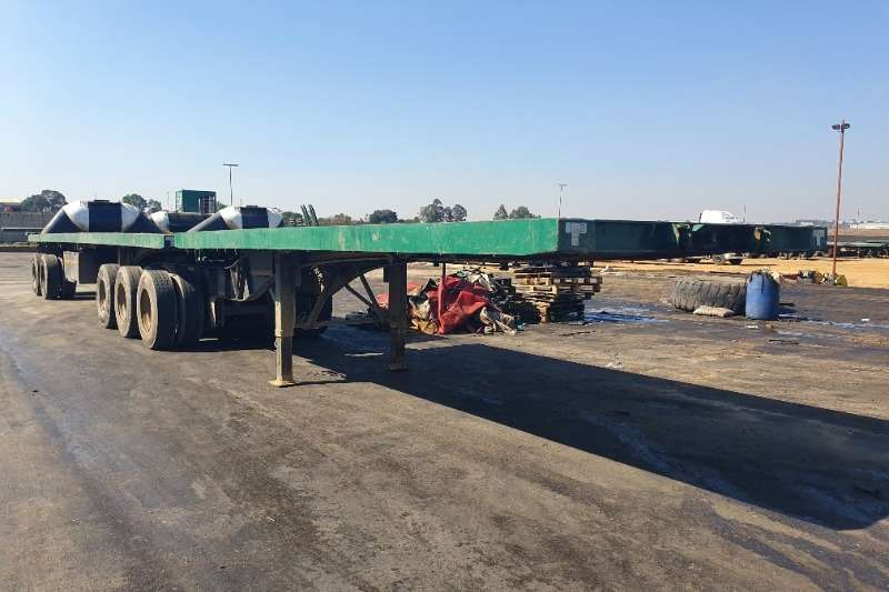 Trailers Superlink Flatdeck (Axle 3x2) (7 available) View by appointm 2005