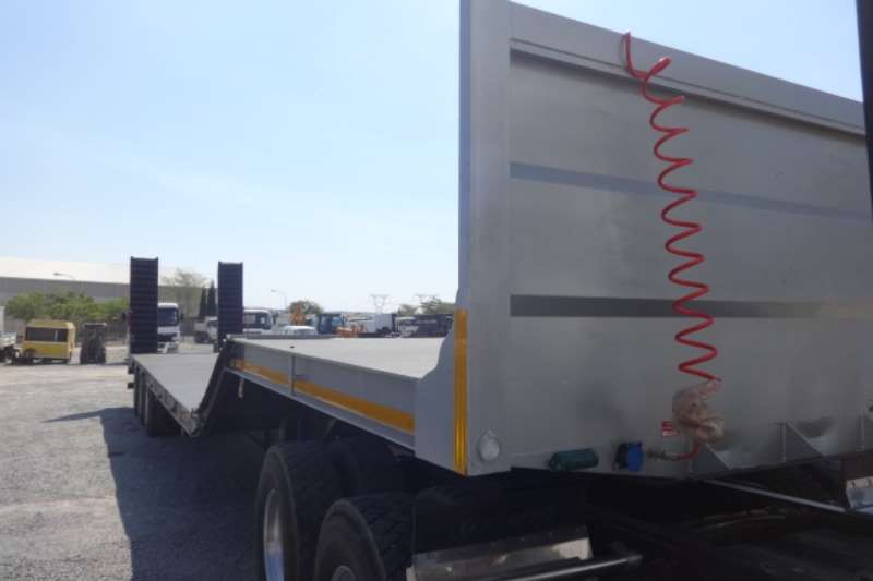 Trailers T/A Lowbed Trailer 2019