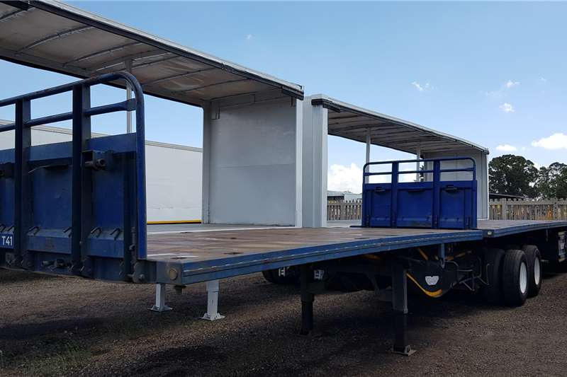 Trailord Trailers Superlink Container Locks, Pole Pockets, Full House