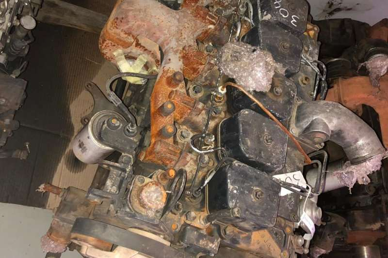 Truck accessories Engine Tata 1518