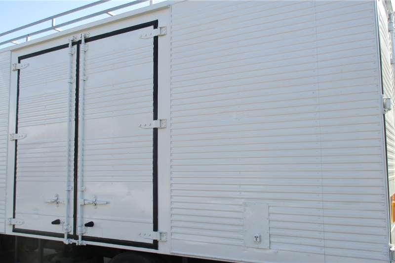 Truck bodies 5 Ton Volume Body 2012