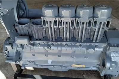 Deutz BF6L 913 Engine Truck