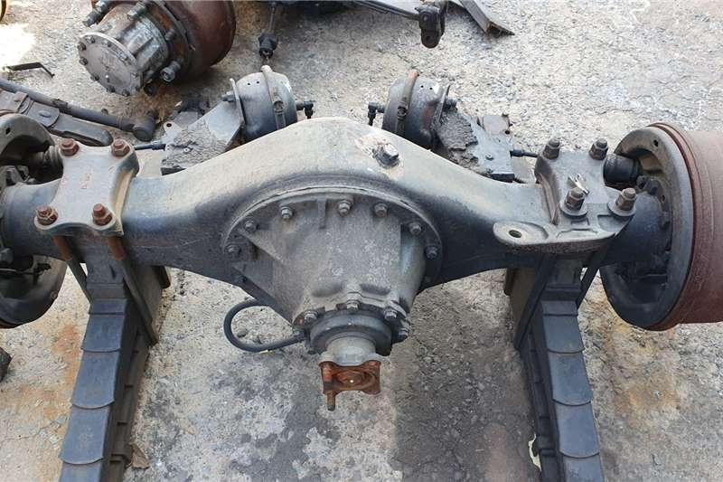 Axles UD80/85/90 Truck spares and parts