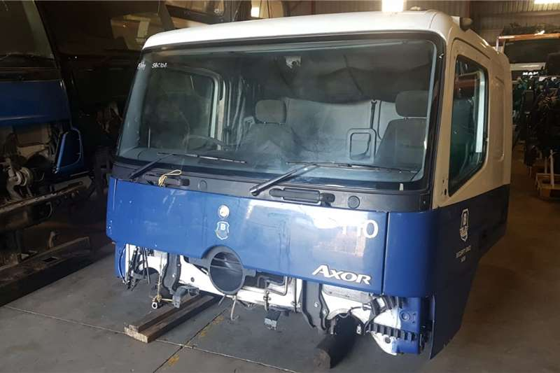 Cab MERCEDES AXOR MP1 SLEEPER CAB Truck spares and parts