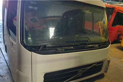 Cab VOLVO FE 280 DAY CAB Truck spares and parts