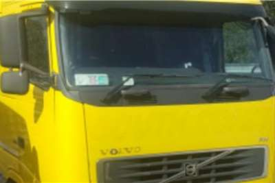 Cab Volvo FH COMPLETE CAB Truck spares and parts