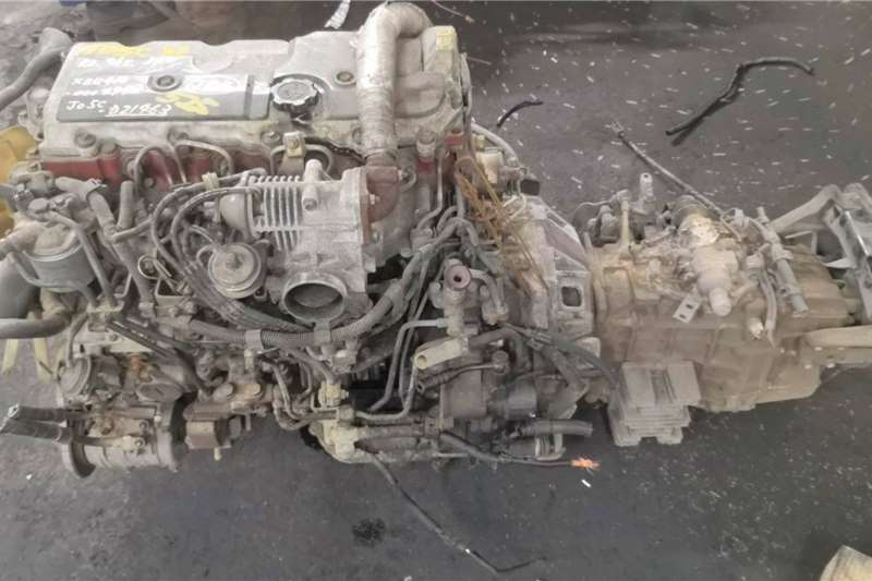 Engines HINO JO5C NON TURBO COMPLETE ENGINE Truck spares and parts