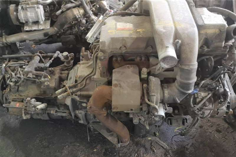 Engines HINO JO5C TURBO COMPLETE ENGINE Truck spares and parts