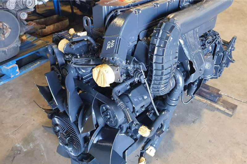 Engines RENAULT DXI 7 Truck spares and parts