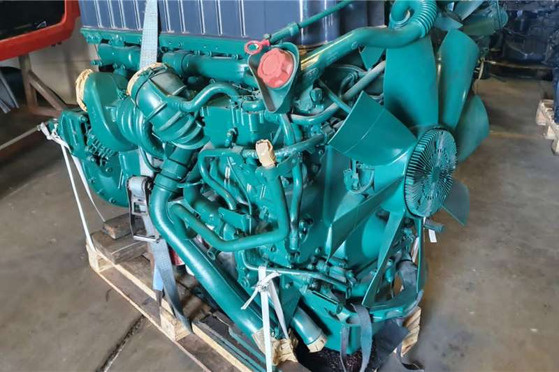 Engines VOLVO D12D Truck spares and parts