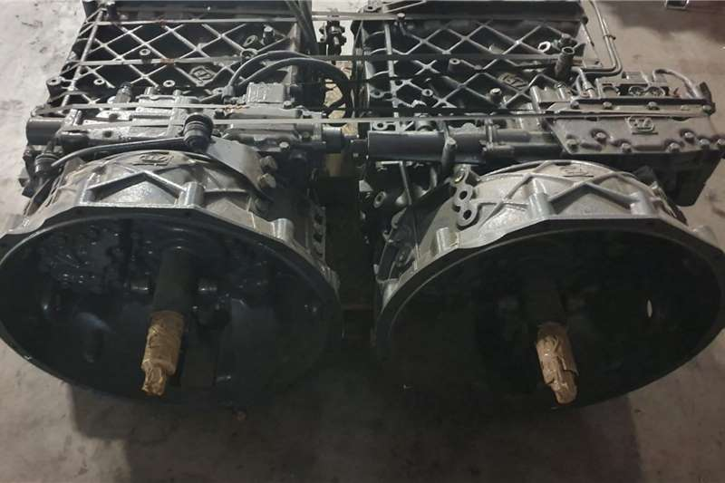 Gearboxes ZF 8S 1820TO Truck spares and parts
