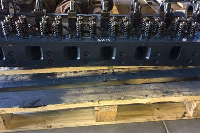 NISSAN UD GH13 CYLINDER HEAD Truck spares and parts