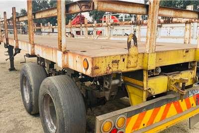 UBT 15m Flat Deck Flatdeck trailer