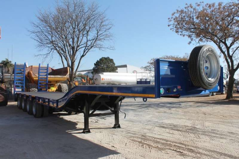 UBT Trailers 4 Axle Step Deck Trailer 2019