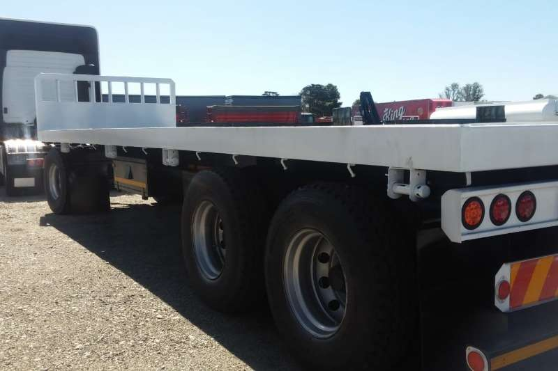 UBT Trailers Drawbar 3 AXLE UBT Drawbar Trailer   Flatdeck 2016