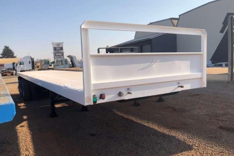 UBT Trailers Flat deck Tri Axle Flatdeck 2018
