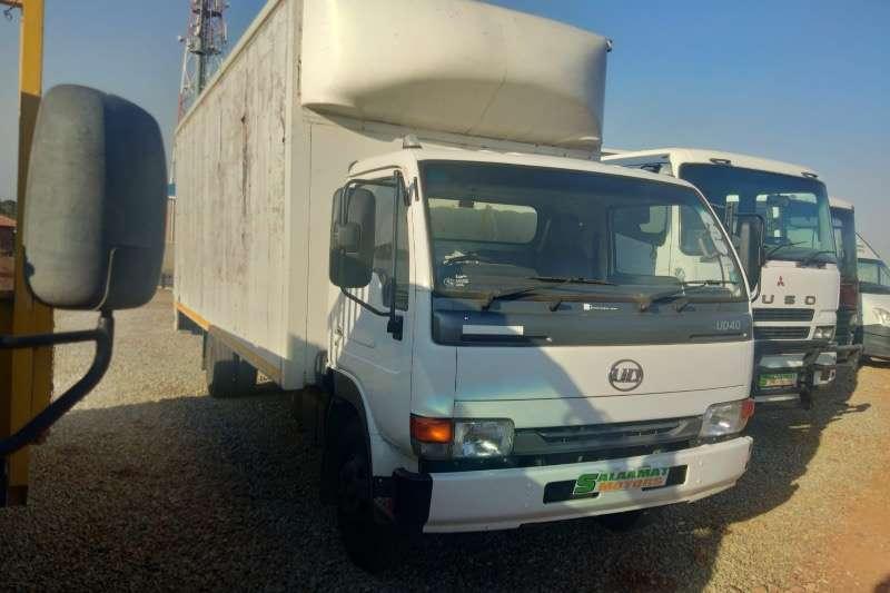 UD UD 40 BOX BODY R289000 Box trucks