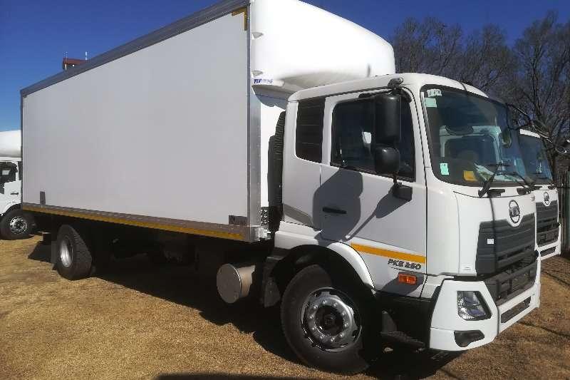 UD Box trucks UD CRONER PKE250 AMT 2019