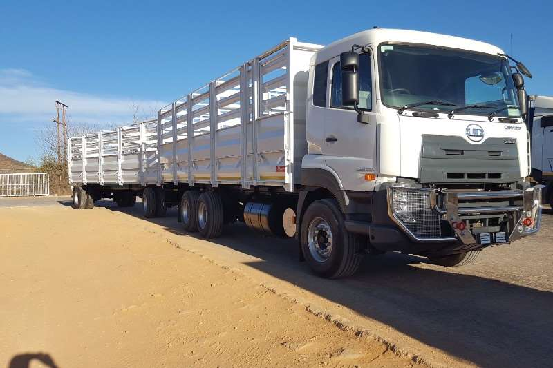 UD Cattle body trucks UD Quester E24 6x4 F/C with Cattlebody and Trailer 2019