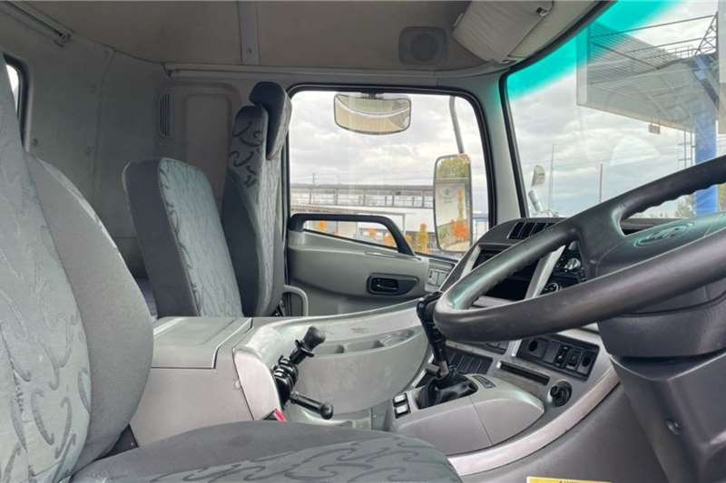 UD GW26 490 Long Wheel Base Chassis cab trucks