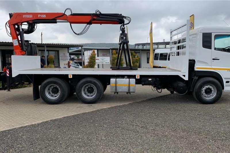 UD CW26 490 with Fassi Hydraulic Brick Crane Crane trucks