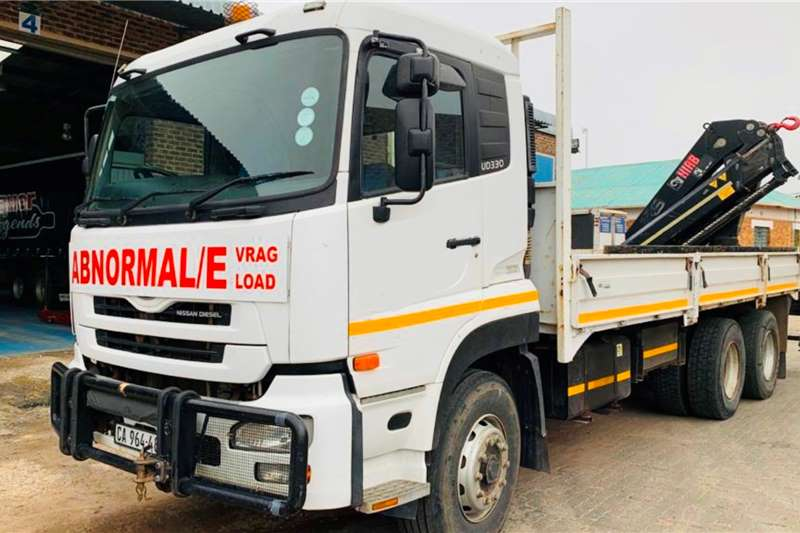 UD UD330 Crane trucks