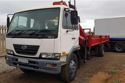 UD UD95 Fassi F130 crane Dropside Crane trucks