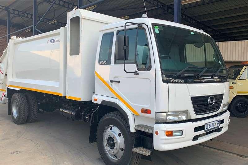 UD Garbage trucks 90C F/C TFM M160 Compactor 2015