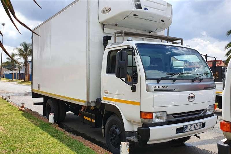 UD Refrigerated trucks UD40L 2011