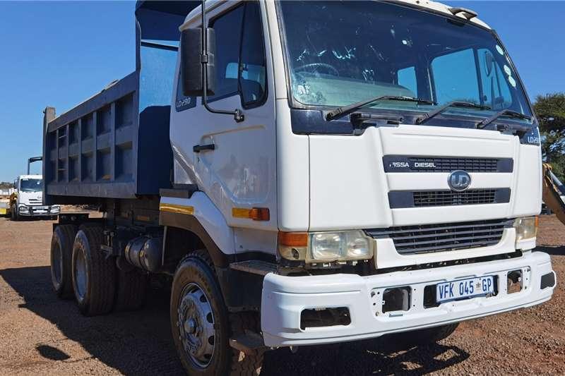 UD NISSAN UD 290 10CUBE TIPPER Tipper trucks