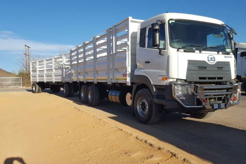 UD Truck Cattle body New UD Quester Cattle Body & Trailer 2019