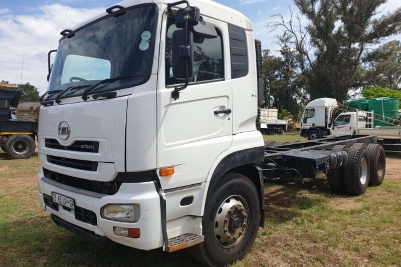 UD Truck Chassis cab 2014 UD CW26 370 F/C LWB Chassis Cabwith PTO 2014