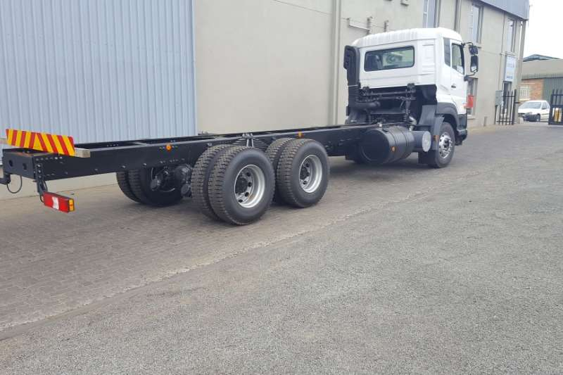 UD Truck Chassis Cab New UD Quester 6x4 Chassis Cab Rigid Truck 2019