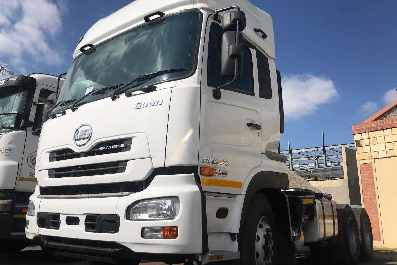 UD Truck Chassis Cab UD TRUCK GW 26 450 TT 6X4 2016