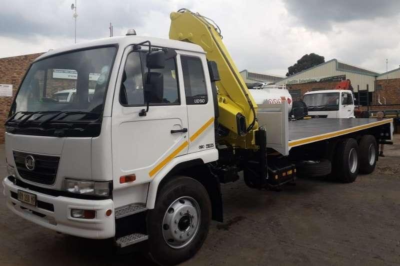 UD Truck Crane truck UD90C 2015