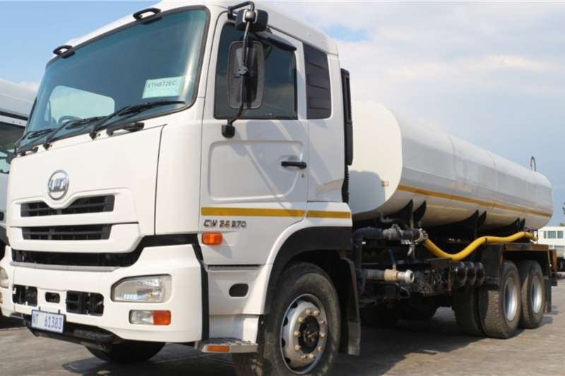 UD Truck CW26 370 6x4 Water Tanker 2014